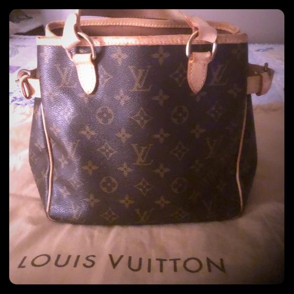 ffca58287fdac Louis Vuitton Handbags - Louie Vuitton hand bag Batignolles